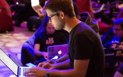 Tecnología optimiza hasta un 35 % operaciones financieras de empresas